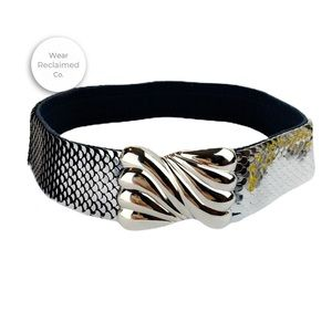 Accessories - VINTAGE Silver Metal Scalloped Stretch Belt - S/M